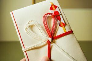 贈り物をする時のマナーをご説明|四国グルメ通販ウェルズキッチン